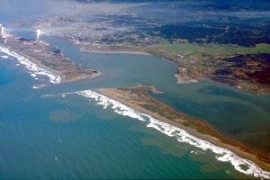 Humboldt_Bay_and_Eureka_aerial_view