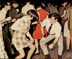 dancing-watusi